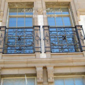 Б-07 Кованый балкон «Живая классика»
