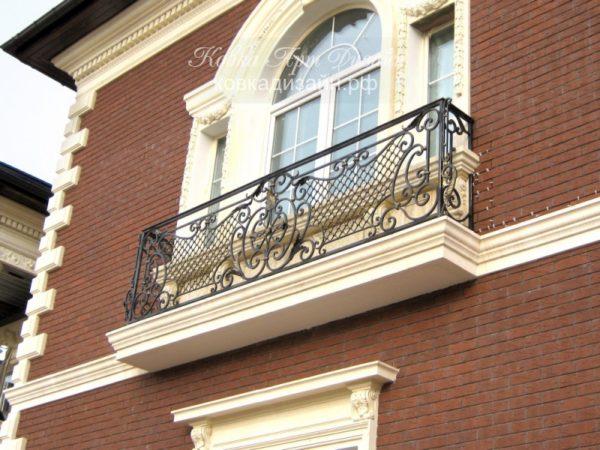 Кованый балкон «Тамплиер» БО-12