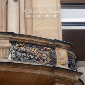 Кованый балкон «Лангедок-Руссийон» БО-34