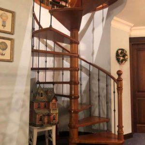 """Кованая лестница """"Венеция"""""""